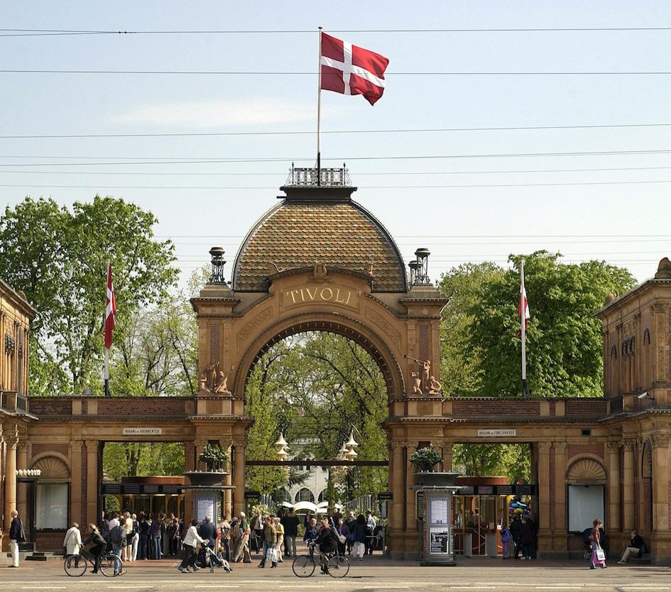 Copenhague con ni os el mundo m gico de los jardines for Jardin tivoli